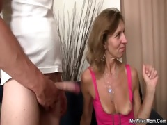 she is watches her old mamma receives drilled