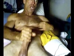 ripped lean hirsute daddy. see him discharge that